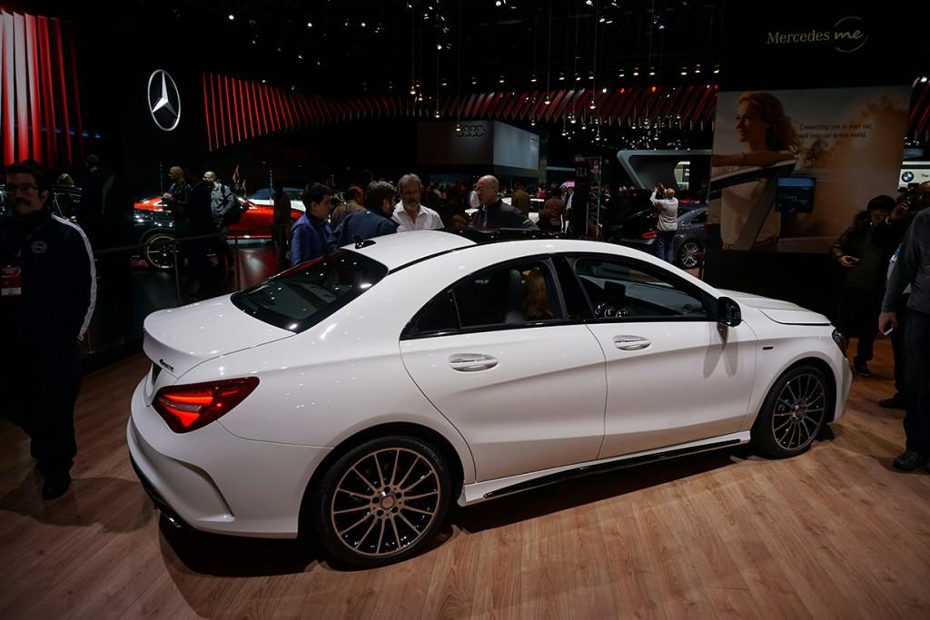 Mercedes C Class HD Radio Capable